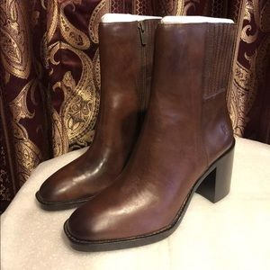 Frye PIA Leather Ankle Boot, Brown (9.5)